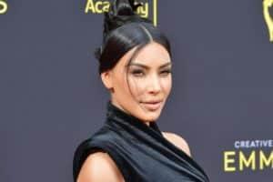Kim Kardashian Fans React to Steamy Photo of Her Kissing Kanye West-//