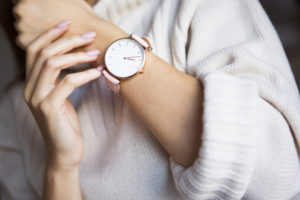 HOW TO CHOOSING BEST WATCHES FOR WOMEN