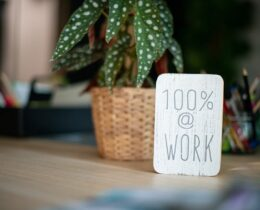 10 Tips to Prioritize Wellness in the Workplace
