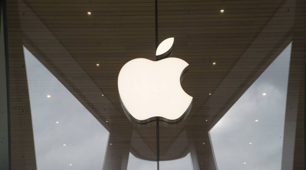 Apple To Stop Manufacturing Of Headphones And Speakers Of Third-Party Companies