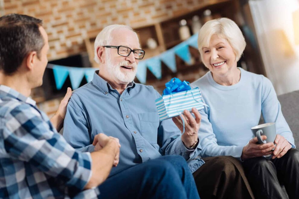 What You Need To Know About Throwing Your Boss A Retirement Party