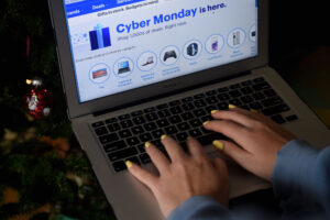U.S. History Recorded Cyber Monday To Be Biggest Online Shopping Day