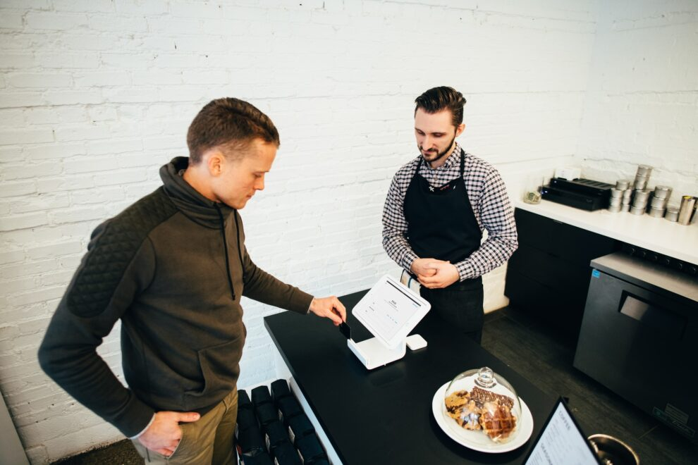 4 Ways To Improve Your Customer Service