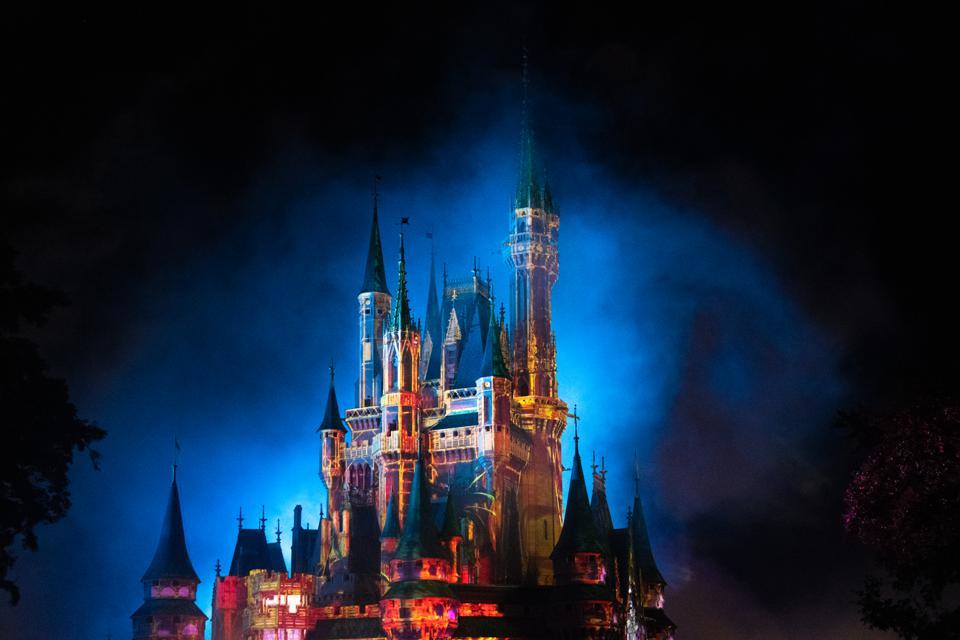 Disney Nixes: Top Executives Given Total Compensation With Bonuses In The Pandemic Year 2020