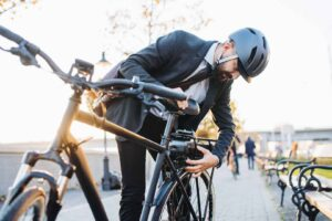 E-Bike Buying Guide: What to Look For In an Electric Bike