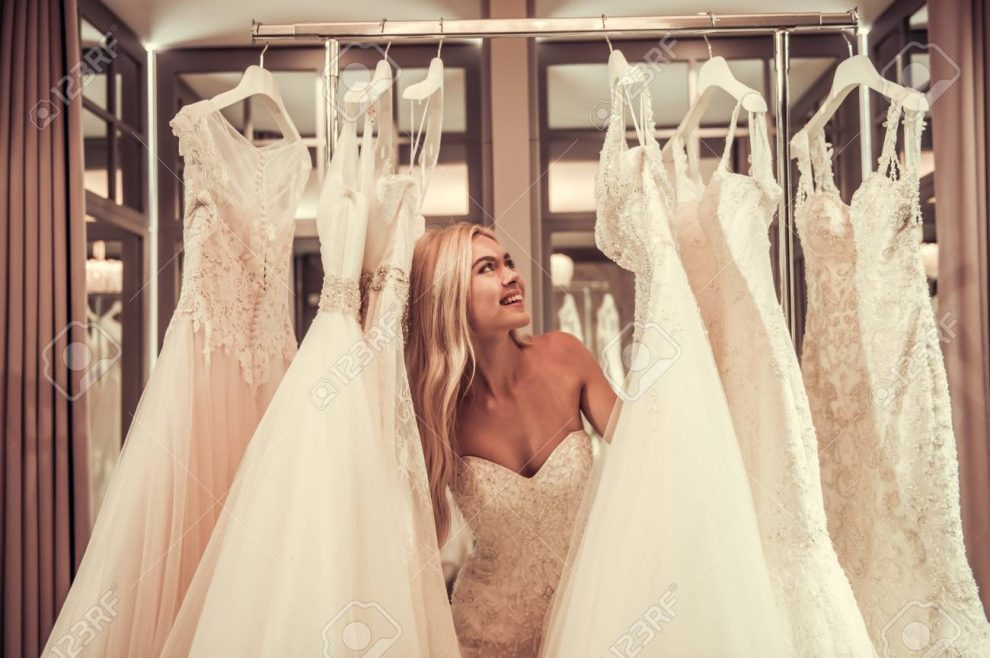 Fashion Tips When Buying an Outfit as a Guest in a Wedding
