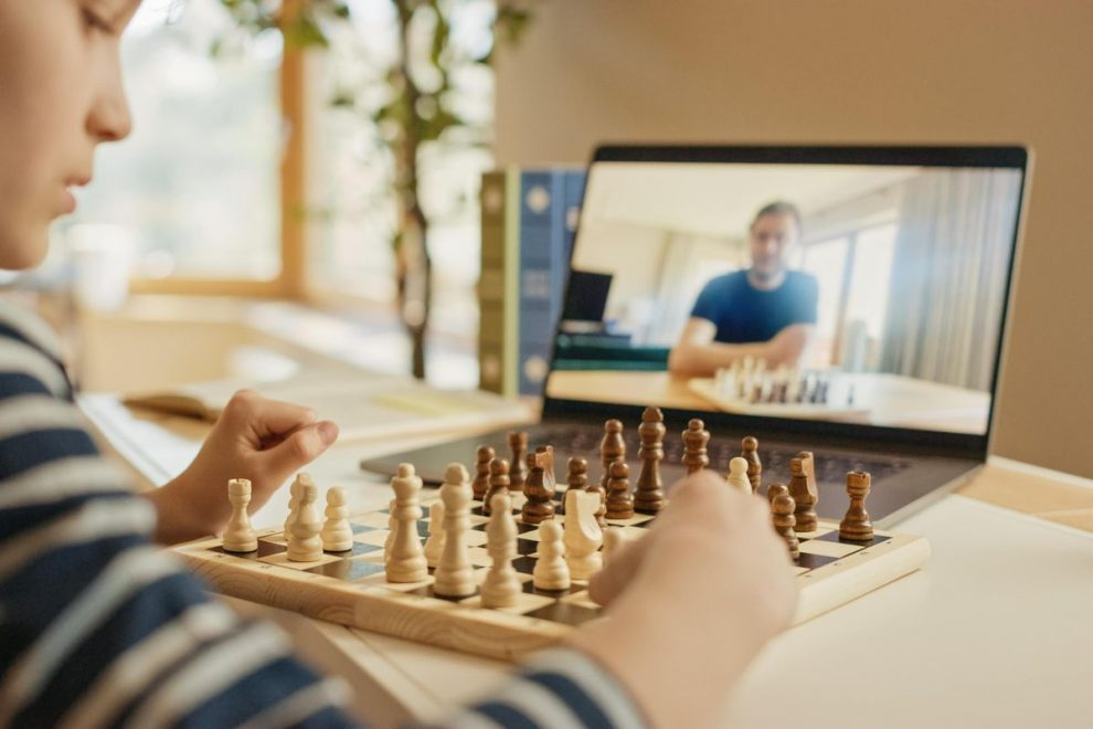 Top 5 Tips to Find Essential Online Chess Lessons & Courses