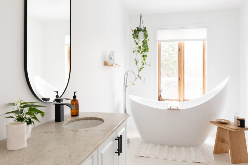 How to Clean your Bathroom Floors Efficiently