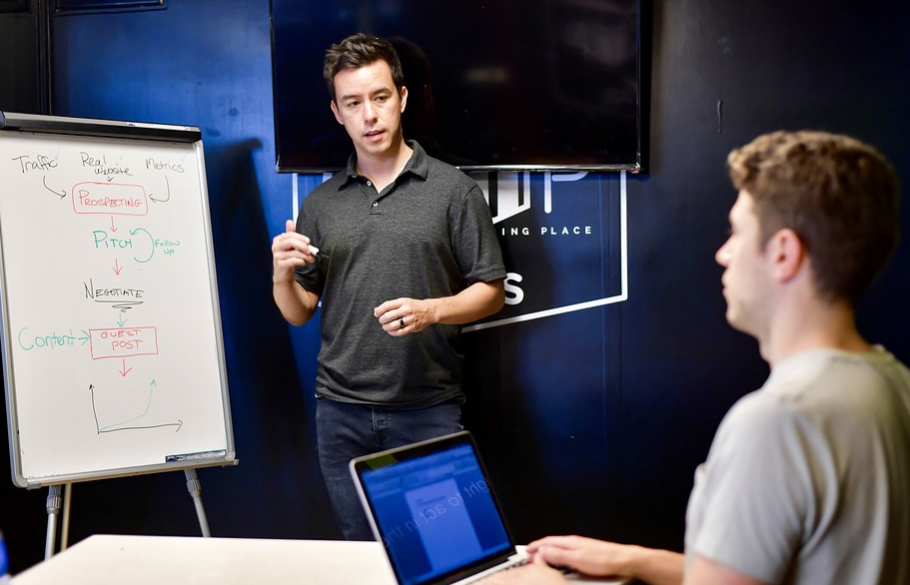 Finding the Right Digital Marketing Course in Singapore