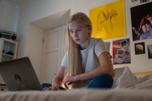 6 Key Ways to Keep Track of Your Teenager