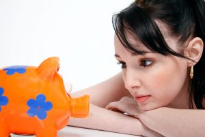 8 Top Tips To Help You Stop Wasting Money