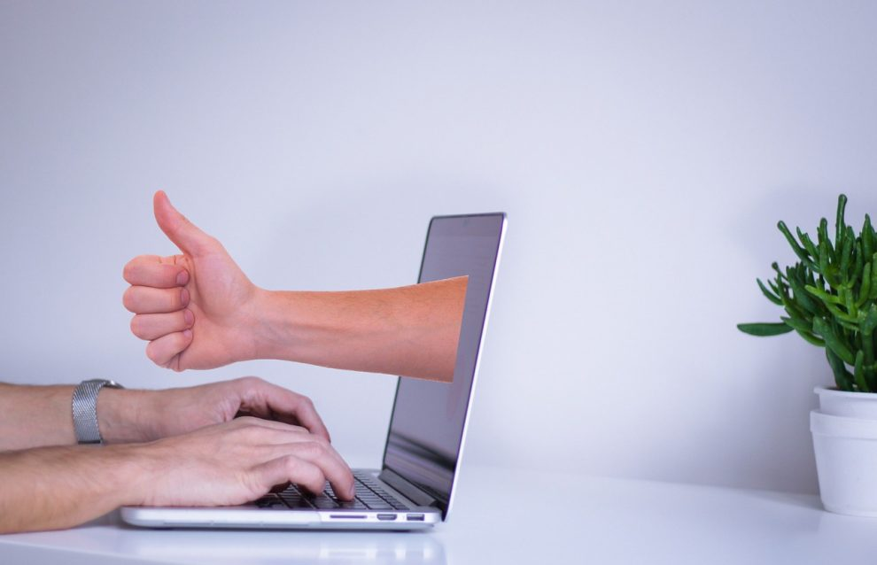 Tips For Meeting People Safely Online