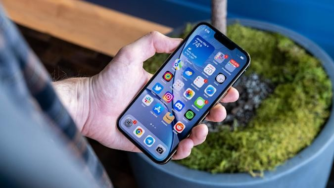 Apple iPhone 13 Face ID Stops Working After Third-Party Screen Replacement